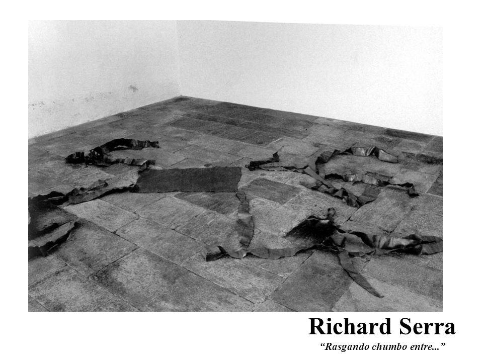 Richard Serra Rasgando chumbo entre...