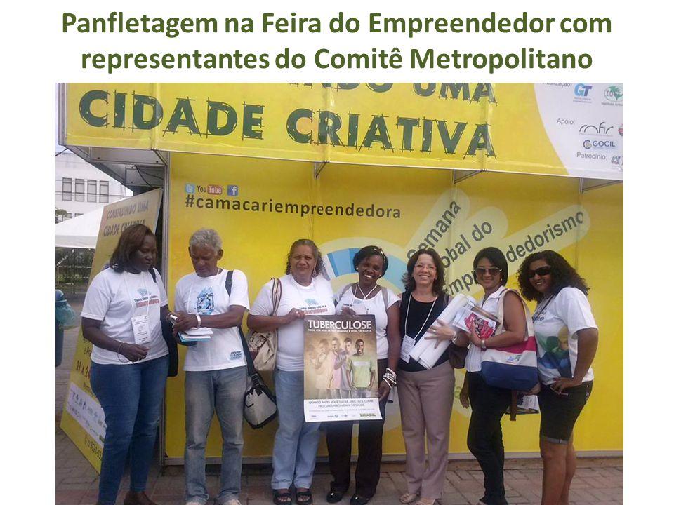 Panfletagem na Feira do Empreendedor com representantes do Comitê Metropolitano