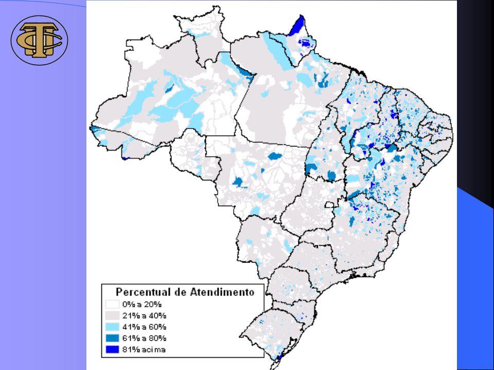 98% dos municípios brasileiros atendidos, o mapa mostra que o acesso ao programa tem se concentrado na região NE (municípios mais escuros indicam aqueles com maiores percentuais de atendimento de seus beneficiários)