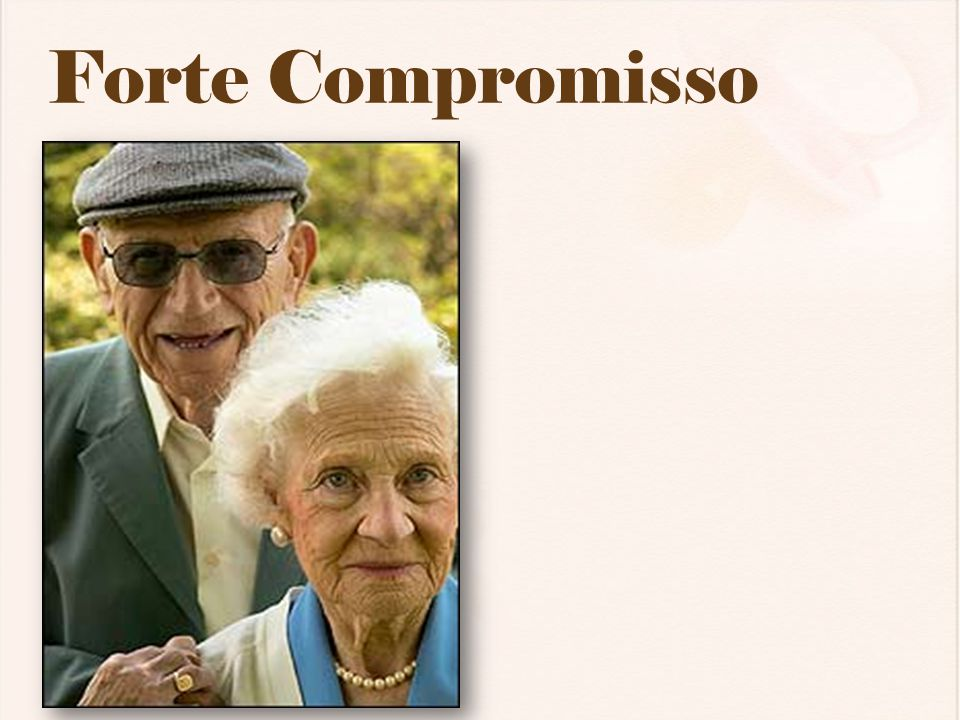 Forte Compromisso Strong Commitment