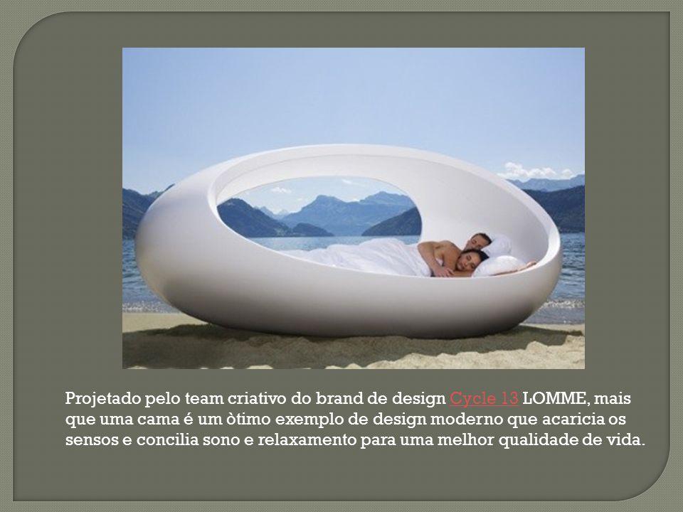 Projetado pelo team criativo do brand de design Cycle 13 LOMME, mais que uma cama é um òtimo exemplo de design moderno que acaricia os sensos e concilia sono e relaxamento para uma melhor qualidade de vida.
