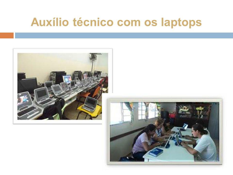 Auxílio técnico com os laptops