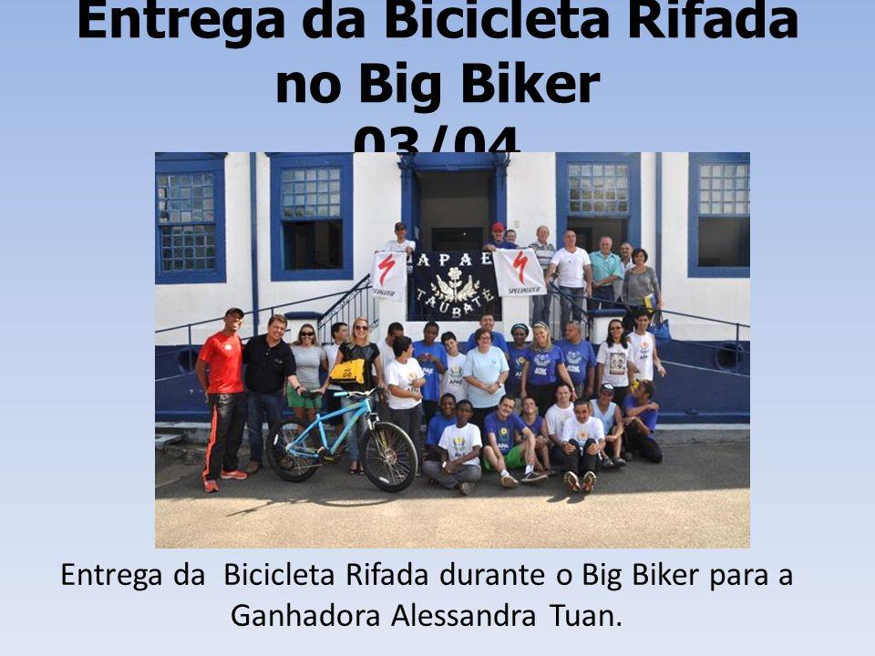 Entrega da Bicicleta Rifada no Big Biker 03/04