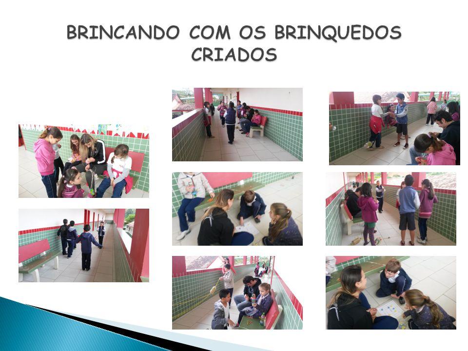 BRINCANDO COM OS BRINQUEDOS CRIADOS