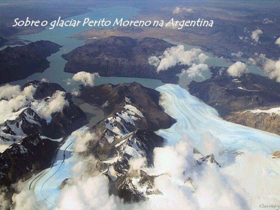 Sobre o glaciar Perito Moreno na Argentina
