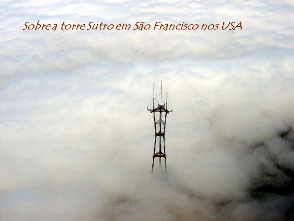 Sobre a torre Sutro em São Francisco nos USA
