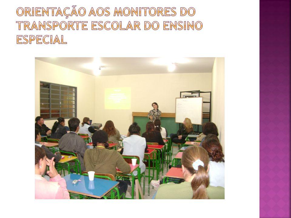 Orientação aos monitores do transporte escolar do ensino especial