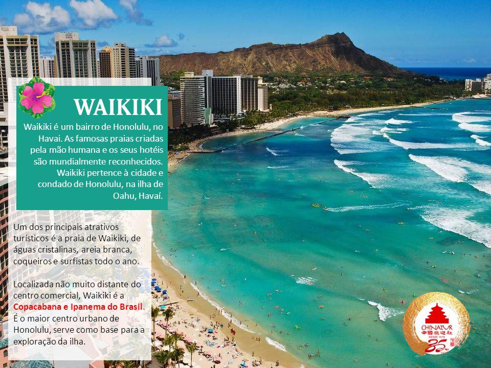 Um dos principais atrativos turísticos é a praia de Waikiki, de águas cristalinas, areia branca, coqueiros e surfistas todo o ano.