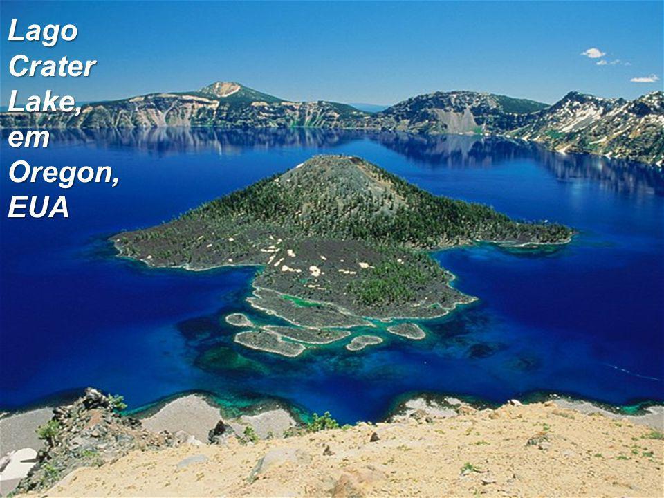 Lago Crater Lake, em Oregon, EUA