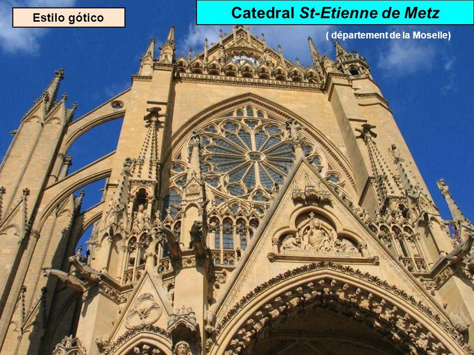 Catedral St-Etienne de Metz ( département de la Moselle)