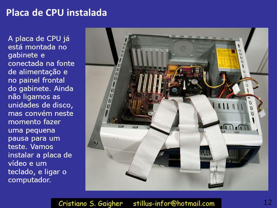 Placa de CPU instalada