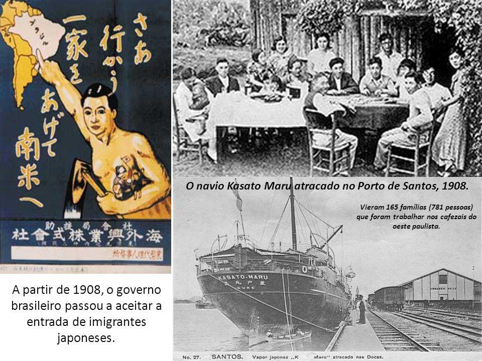 O navio Kasato Maru atracado no Porto de Santos, 1908.