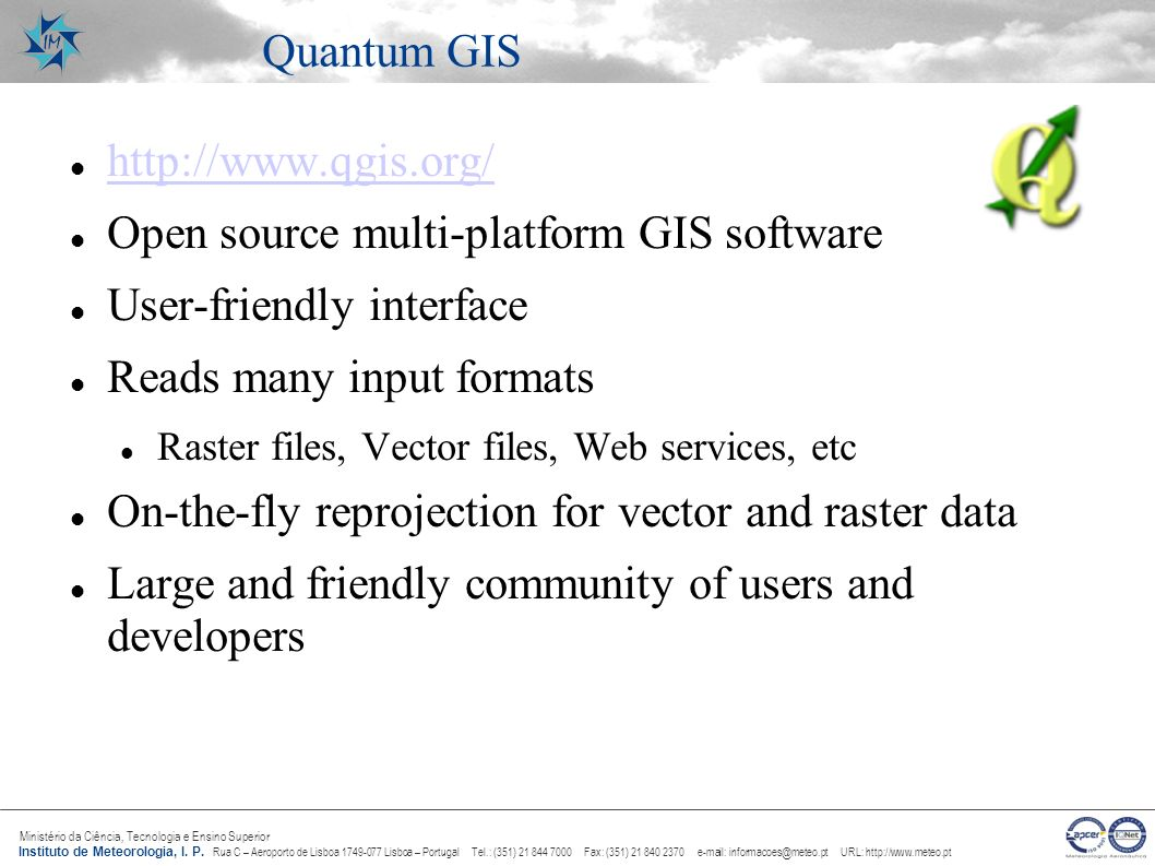 Open source multi-platform GIS software User-friendly interface
