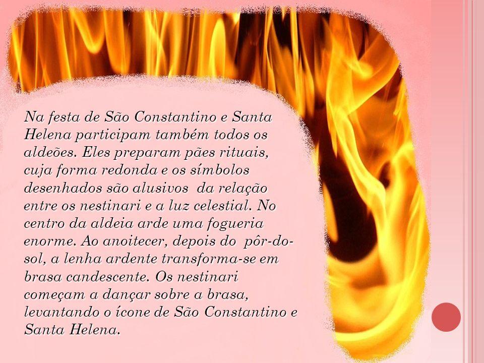 Na festa de São Constantino e Santa Helena participam também todos os aldeões.