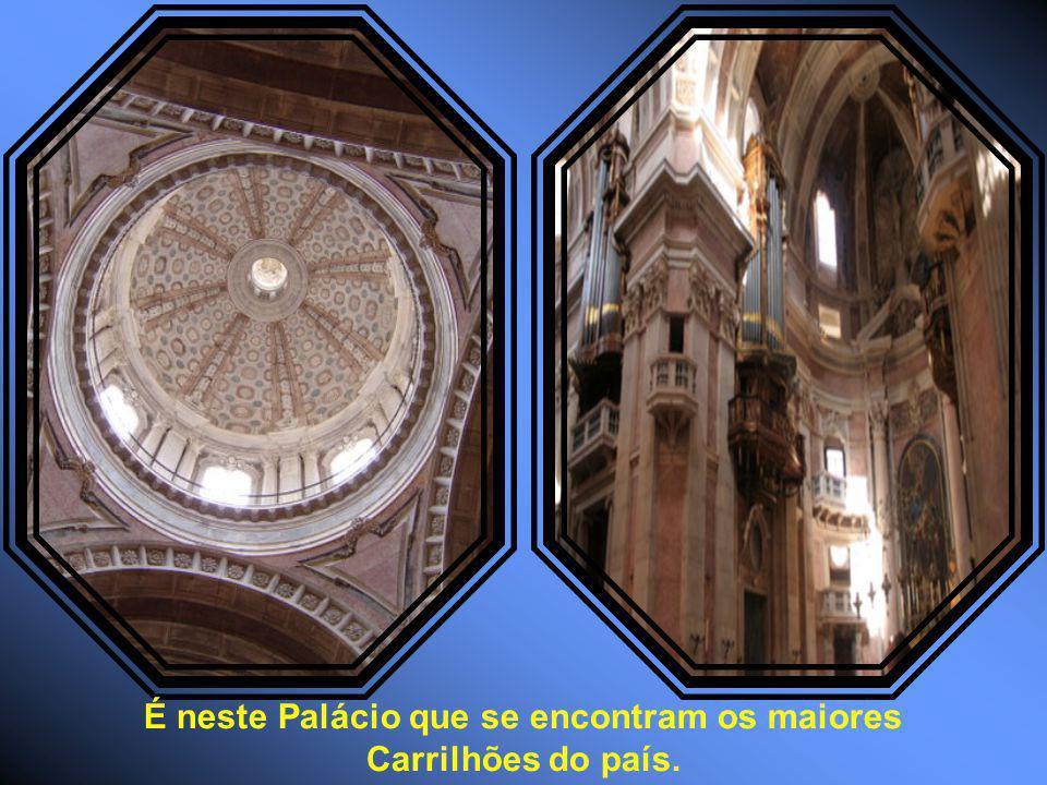 É neste Palácio que se encontram os maiores Carrilhões do país.