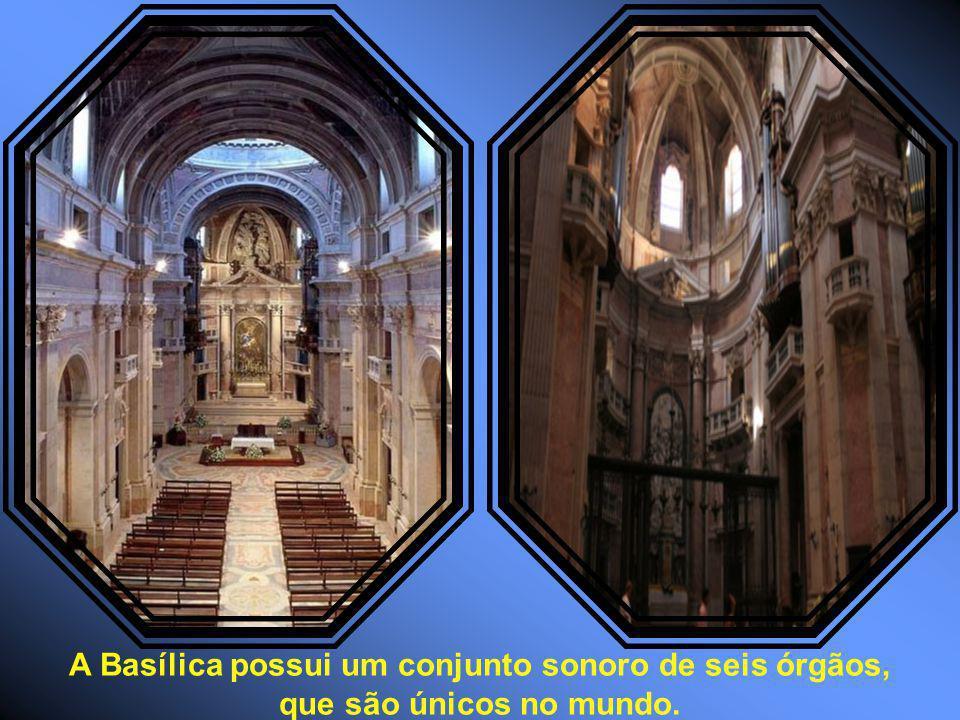 A Basílica possui um conjunto sonoro de seis órgãos, que são únicos no mundo.