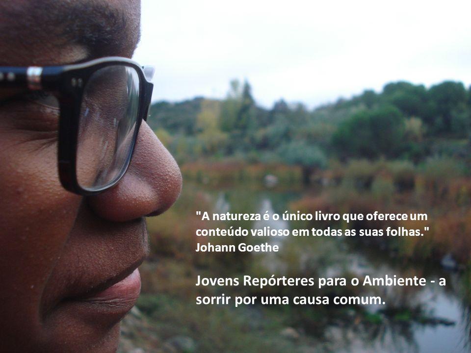 Jovens Repórteres para o Ambiente - a sorrir por uma causa comum.