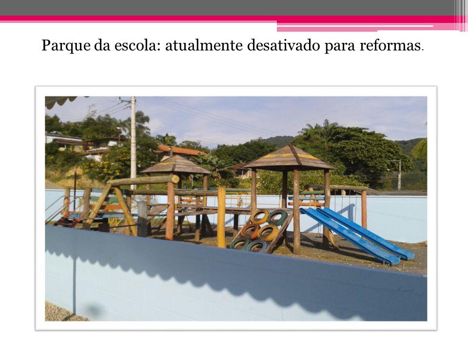 Parque da escola: atualmente desativado para reformas.