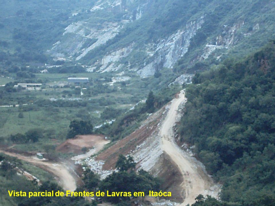 Vista parcial de Frentes de Lavras em Itaóca