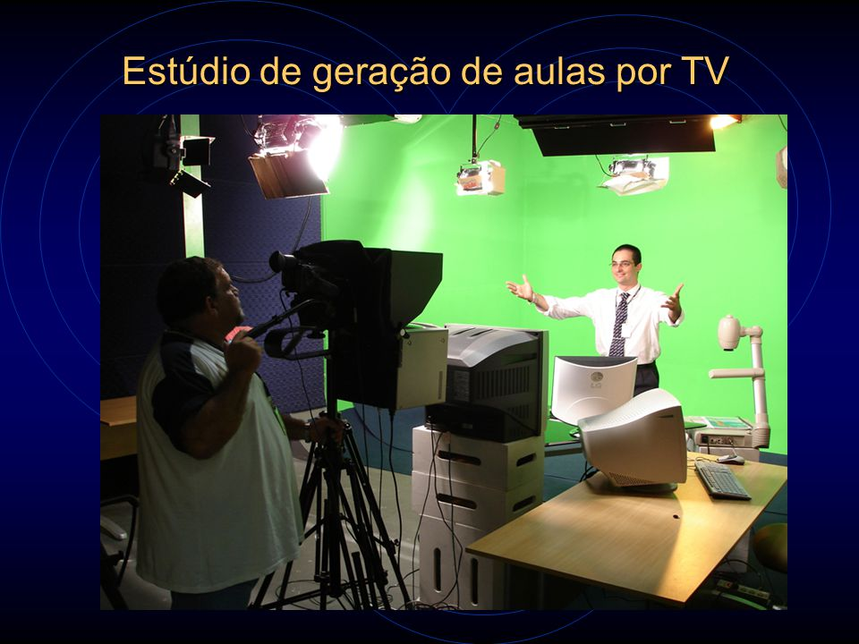 Estúdio de geração de aulas por TV