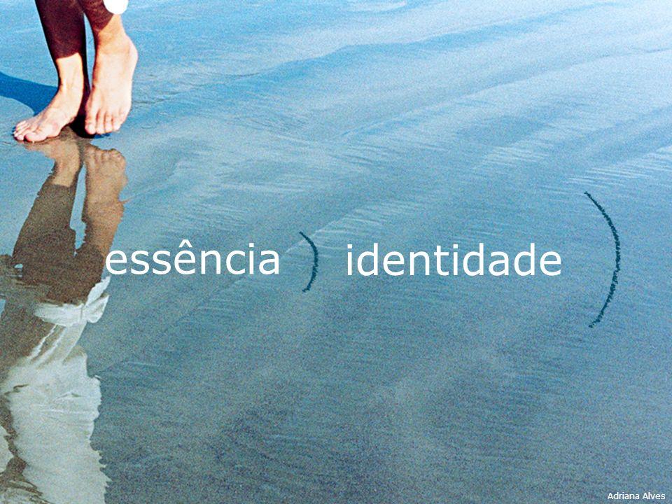 identidade essência Adriana Alves