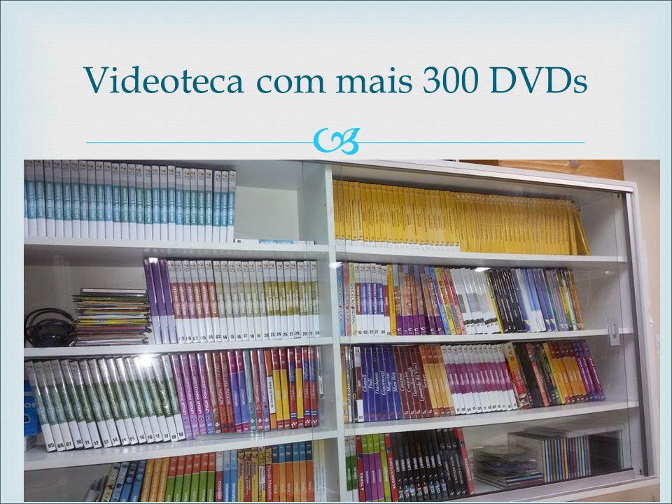 Videoteca com mais 300 DVDs