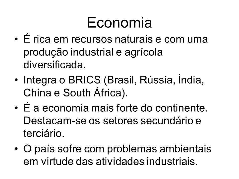 Economia É rica em recursos naturais e com uma produção industrial e agrícola diversificada.