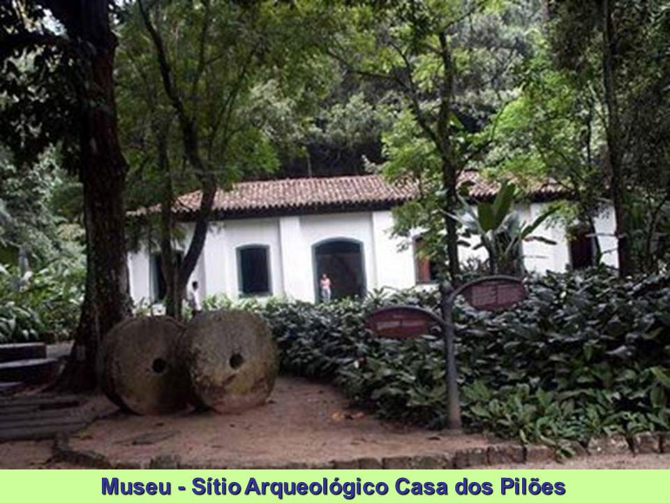 Museu - Sítio Arqueológico Casa dos Pilões