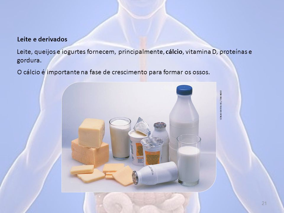 O cálcio é importante na fase de crescimento para formar os ossos.