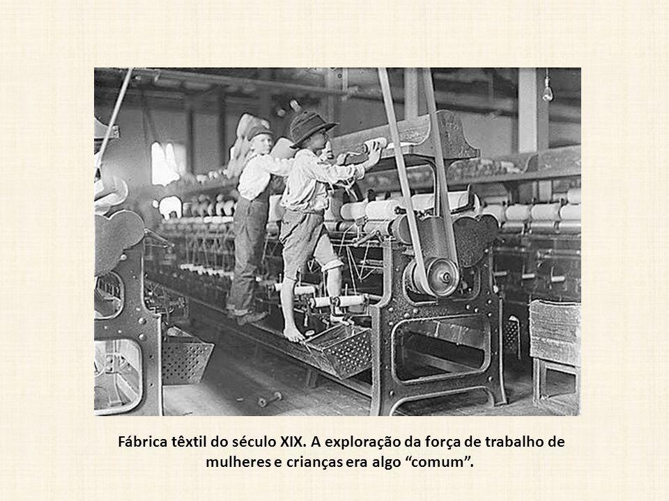 Fábrica têxtil do século XIX