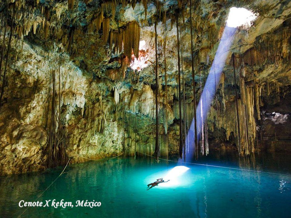 Cenote X keken, México