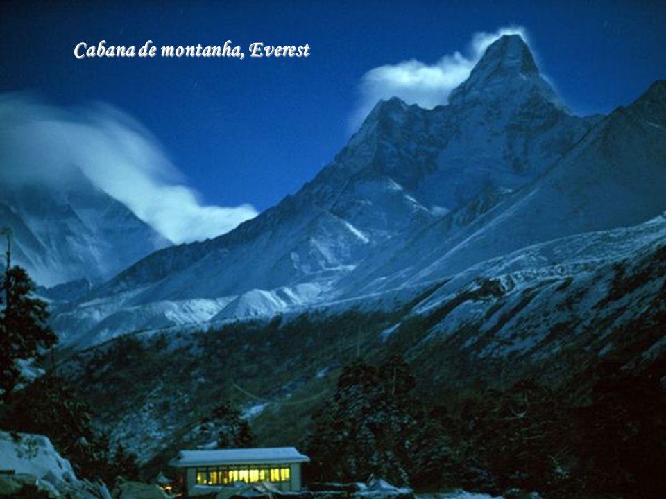Cabana de montanha, Everest