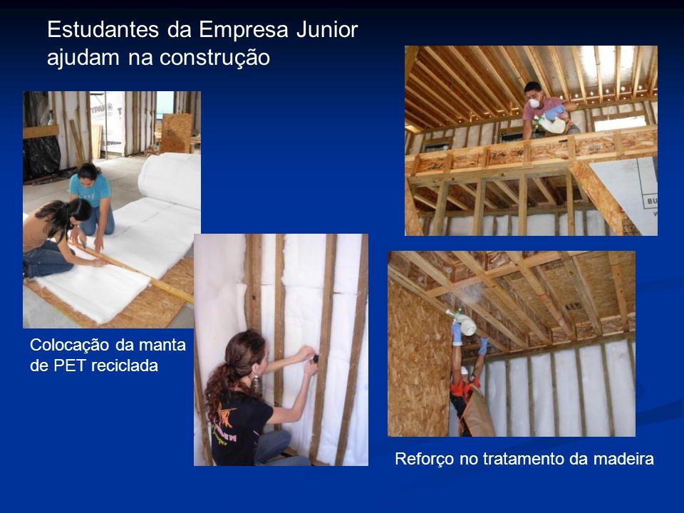 Estudantes da Empresa Junior ajudam na construção