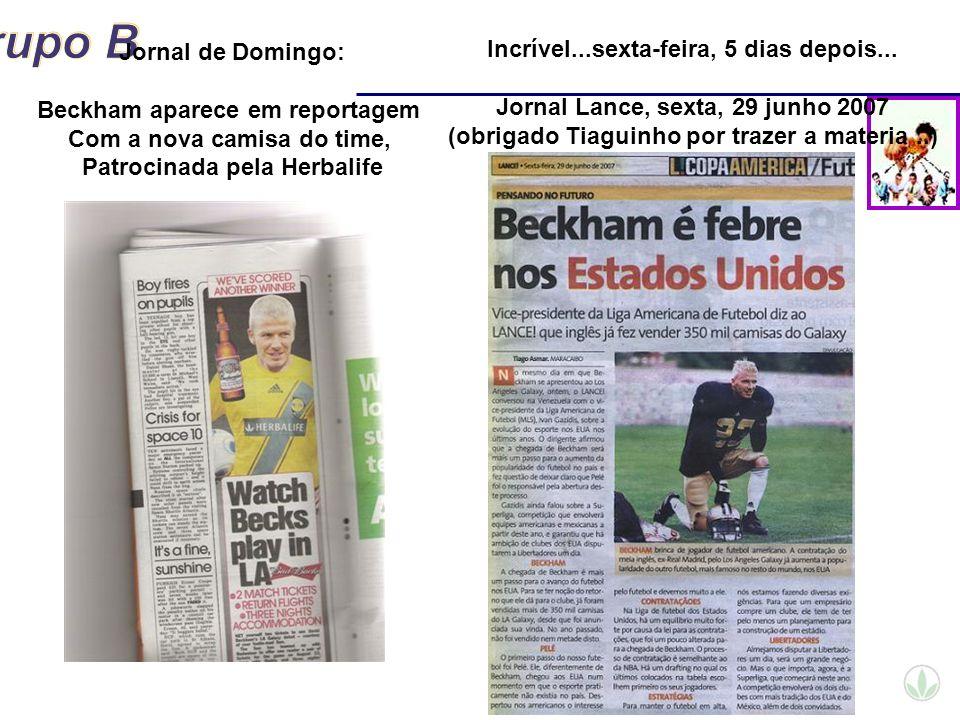 Beckham aparece em reportagem Com a nova camisa do time,