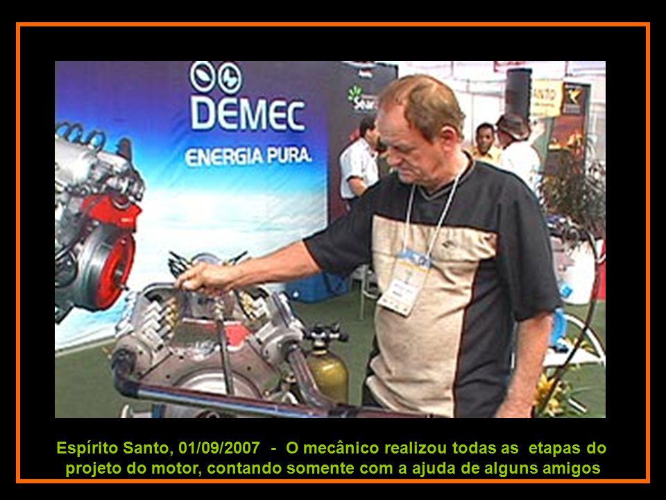Espírito Santo, 01/09/2007 - O mecânico realizou todas as etapas do