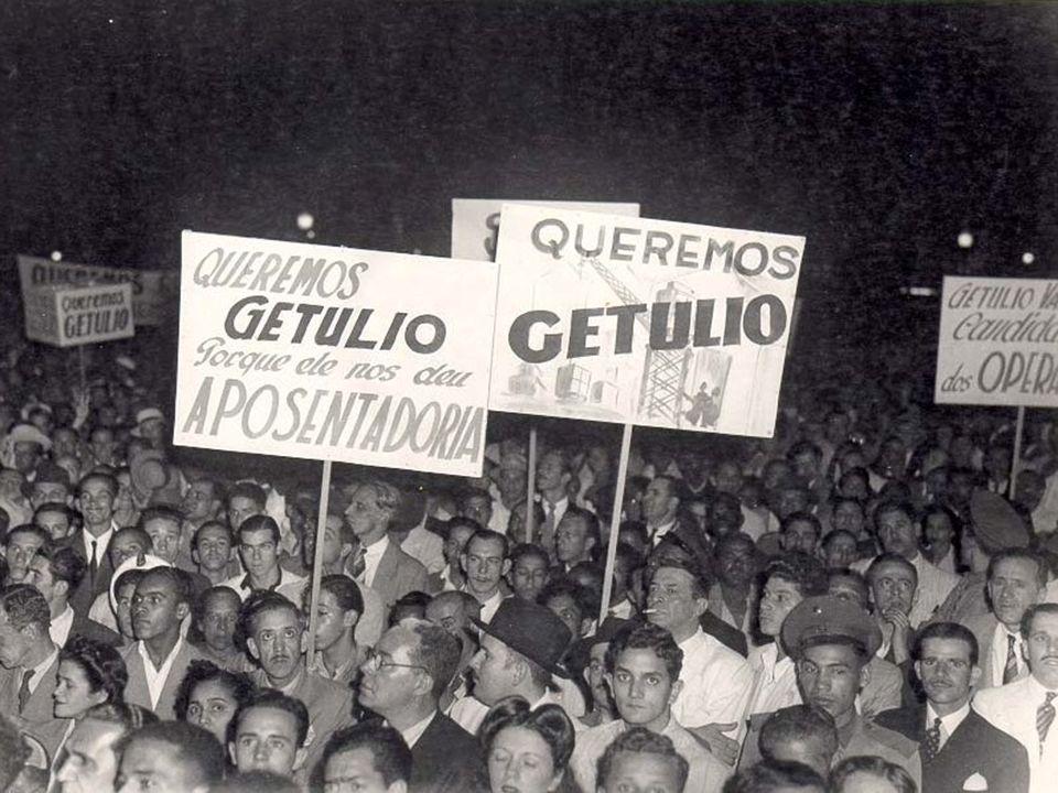 Estado Novo A Crise: Com o fim da Guerra, Vargas decide liderar a inevitável abertura política e convoca eleições.