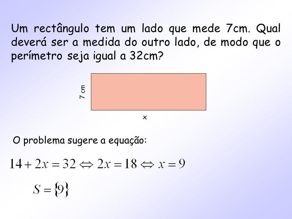 Um rectângulo tem um lado que mede 7cm