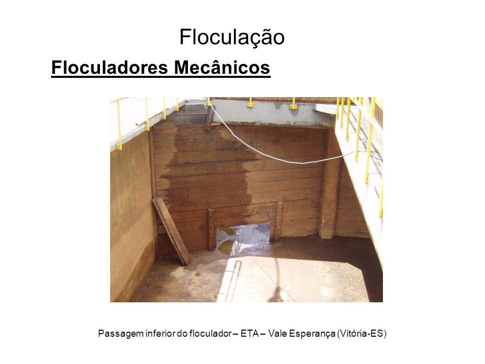 Passagem inferior do floculador – ETA – Vale Esperança (Vitória-ES)