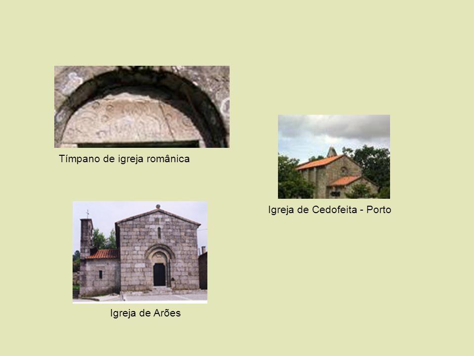 Tímpano de igreja românica