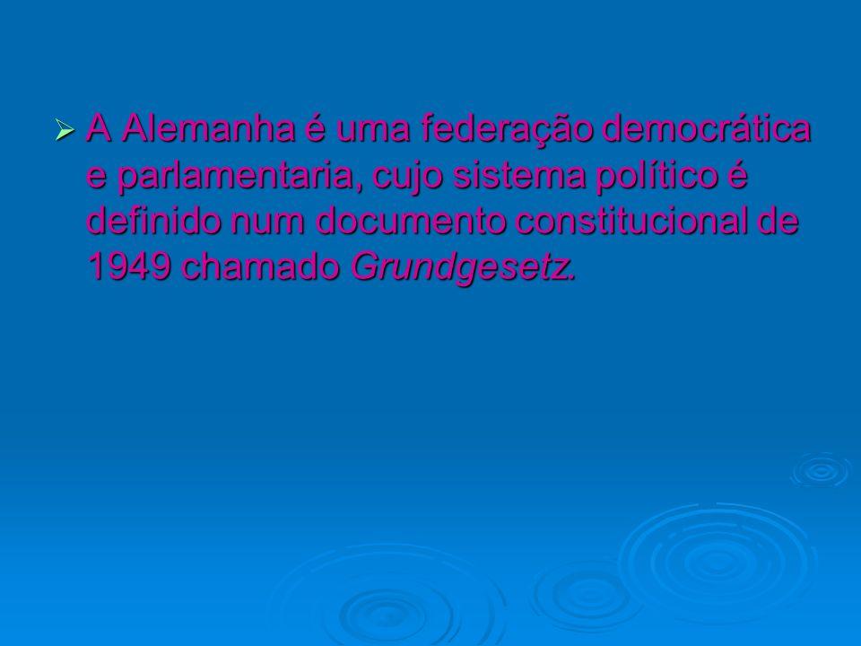 A Alemanha é uma federação democrática e parlamentaria, cujo sistema político é definido num documento constitucional de 1949 chamado Grundgesetz.