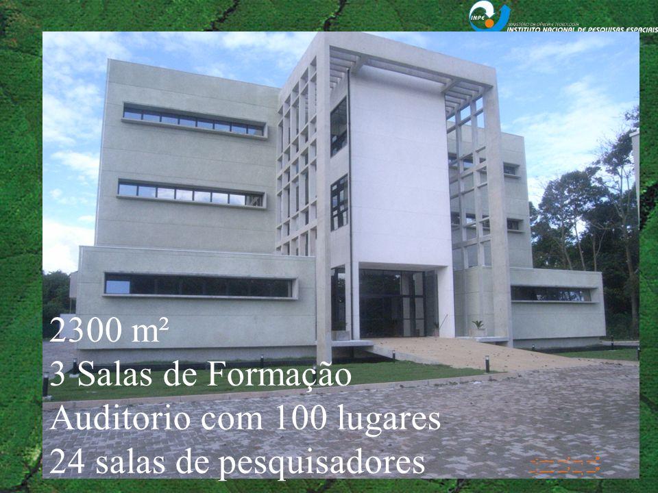 2300 m² 3 Salas de Formação Auditorio com 100 lugares 24 salas de pesquisadores