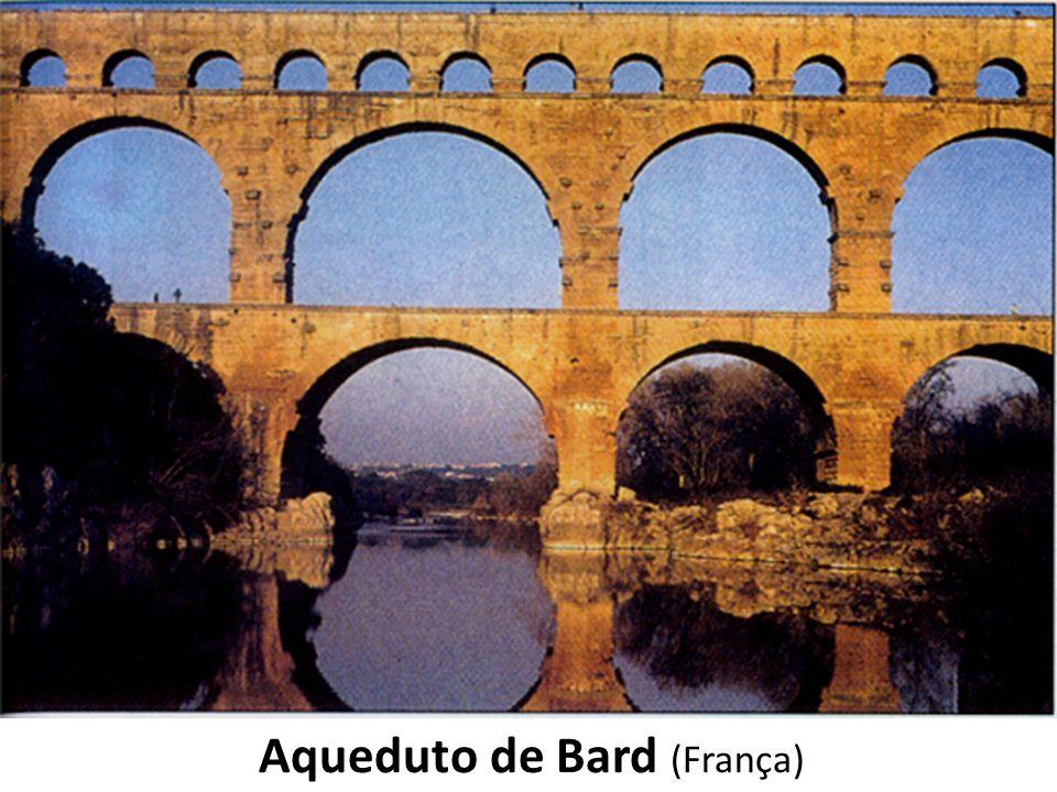 Aqueduto de Bard (França)