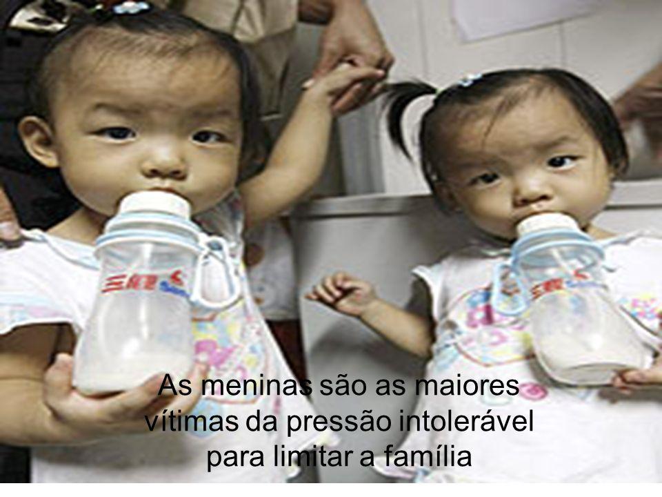 As meninas são as maiores vítimas da pressão intolerável para limitar a família
