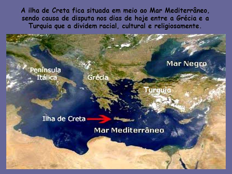 A ilha de Creta fica situada em meio ao Mar Mediterrâneo,