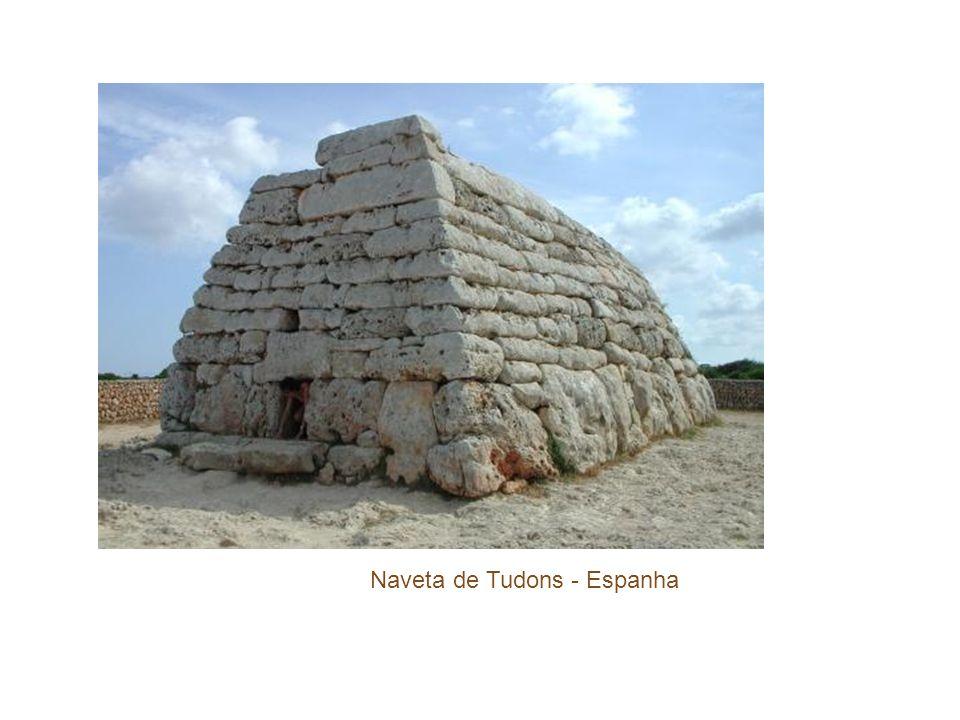 Naveta de Tudons - Espanha