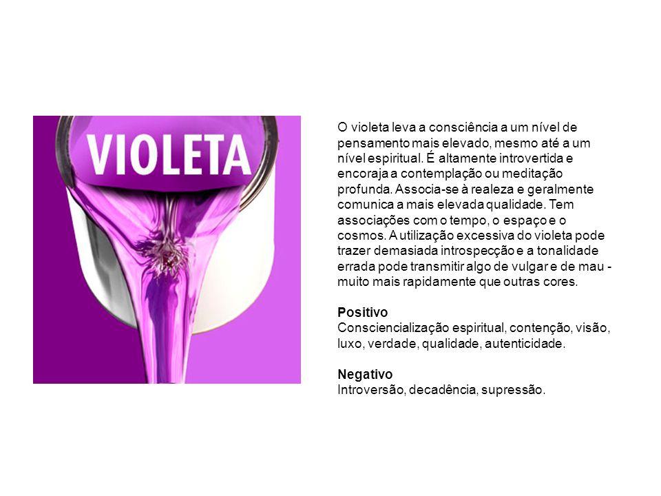 O violeta leva a consciência a um nível de pensamento mais elevado, mesmo até a um nível espiritual.