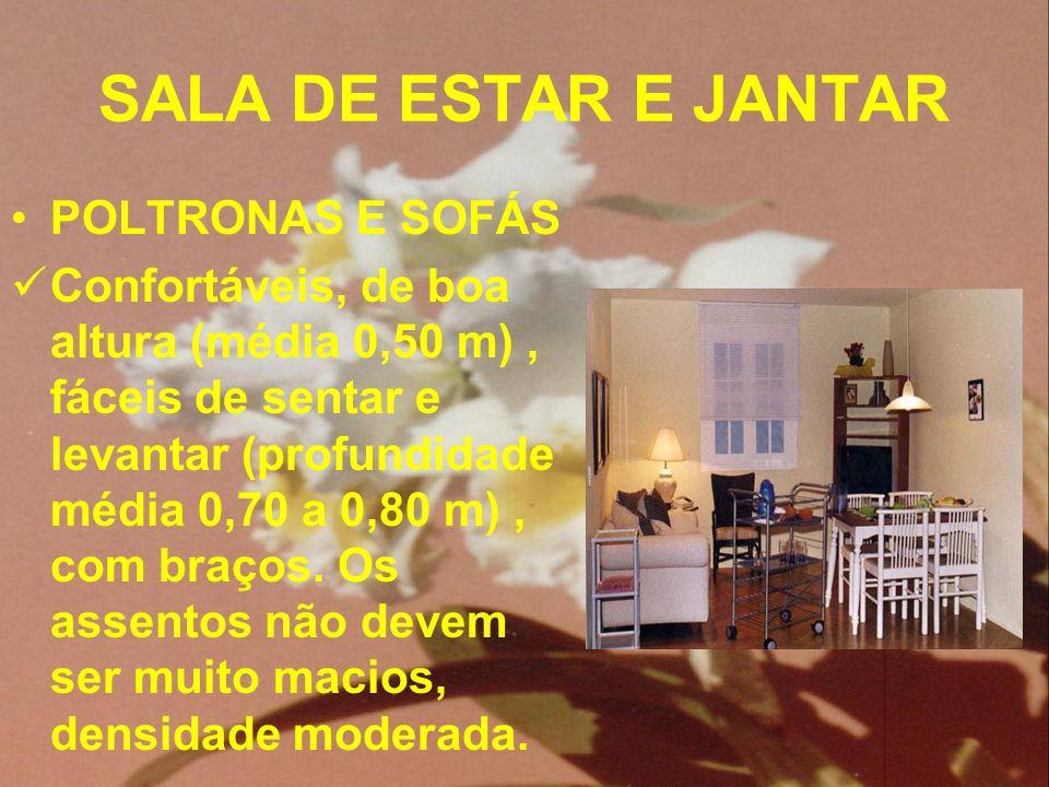 SALA DE ESTAR E JANTAR POLTRONAS E SOFÁS