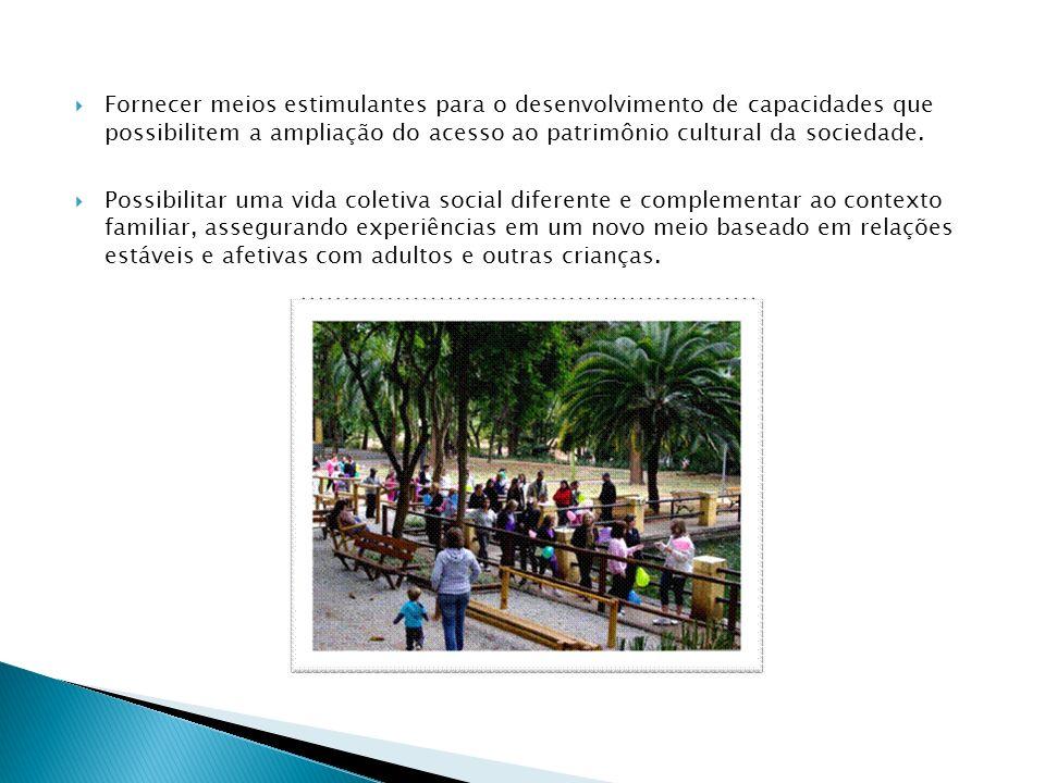 Fornecer meios estimulantes para o desenvolvimento de capacidades que possibilitem a ampliação do acesso ao patrimônio cultural da sociedade.