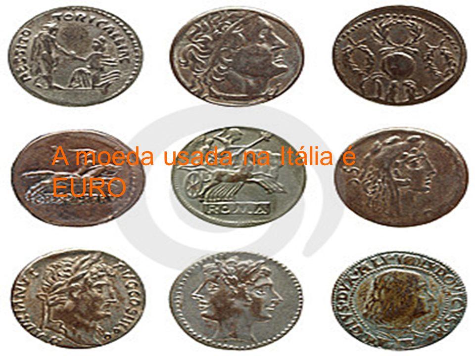A moeda usada na Itália é EURO