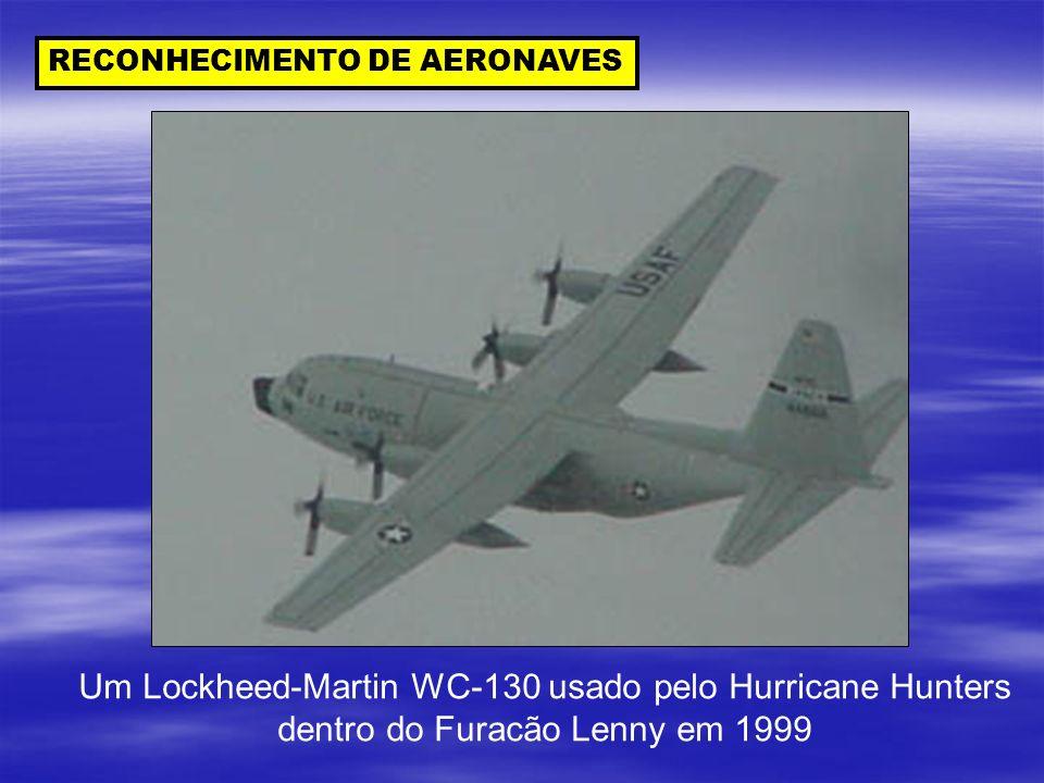 Um Lockheed-Martin WC-130 usado pelo Hurricane Hunters